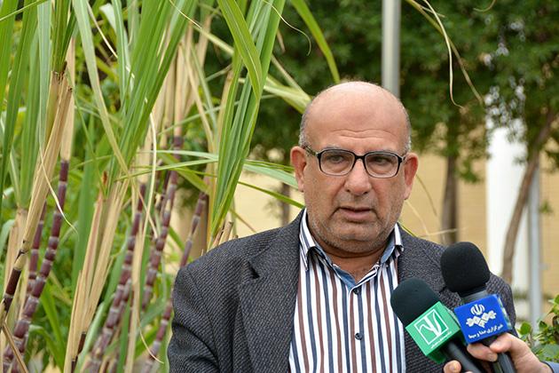 ارسال تانکرهای آب توسعه نیشکر به روستاهای خوزستان